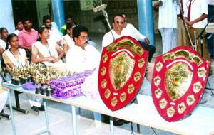 loyola-prizes